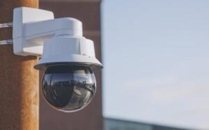Snelle PTZ-camera Axis met 31x optische zoom en superieure lichtgevoeligheid