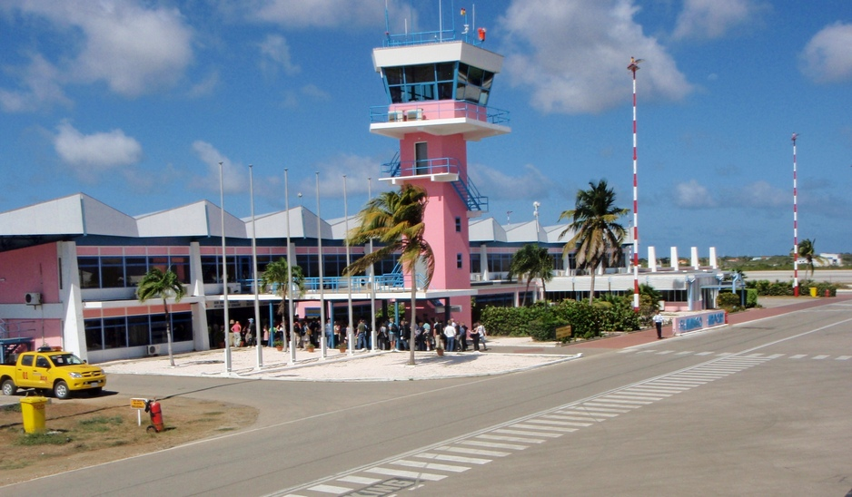 EAL_Bonaireairport