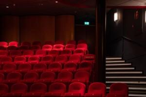 Nieuwe noodverlichting Hertek voor cinema's: onopvallend opvallend