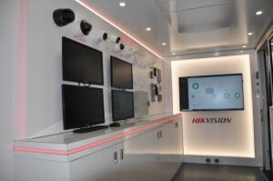 Hikvision introduceert nieuwe showroom op wielen